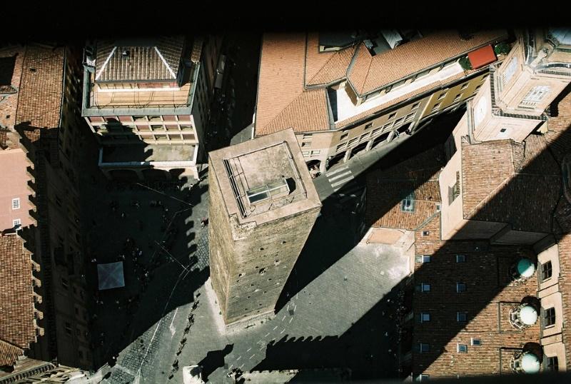 asinelli toren bologna