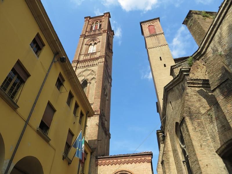 asinelli toren bologna2