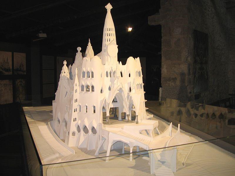 Cripta Colònia Güell 2