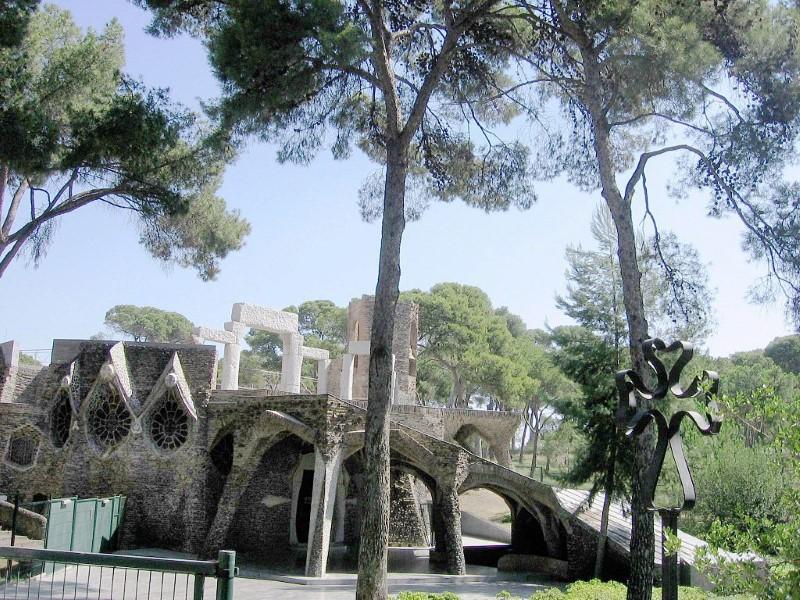 Cripta Colònia Güell