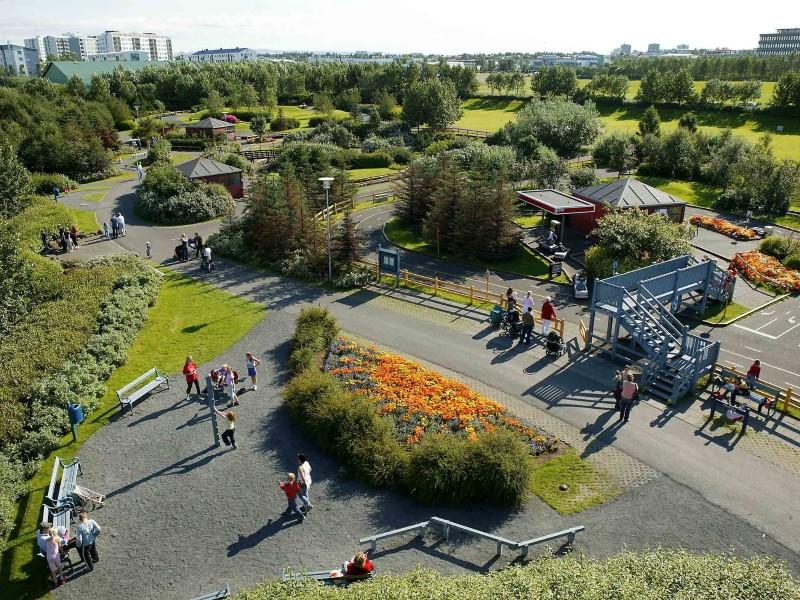 Laugardalur Park2